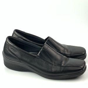Ecco flats 40 10 black leather Square toe comfort